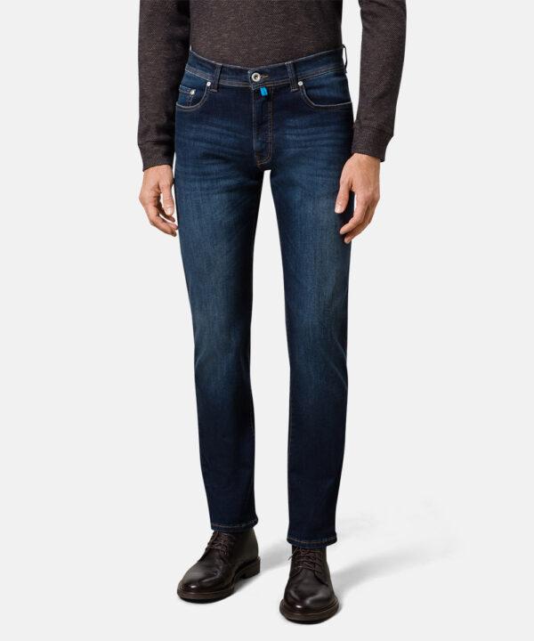 Pierre Cardin model 8820.01 jeans